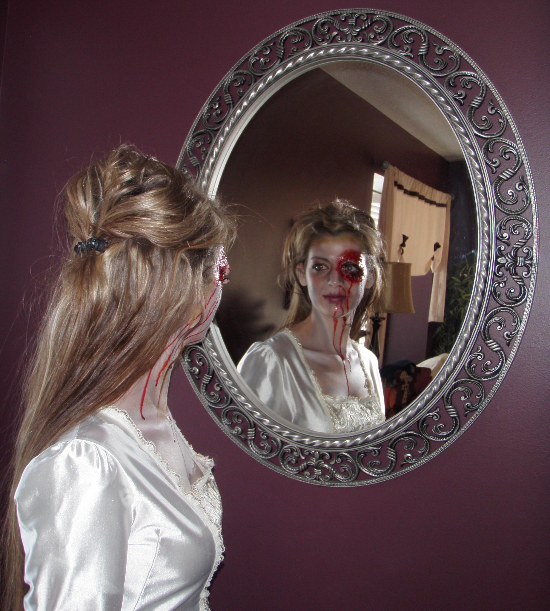 Face painter utah crysta barton 39 s phantastical faces for Mirror zombie girl